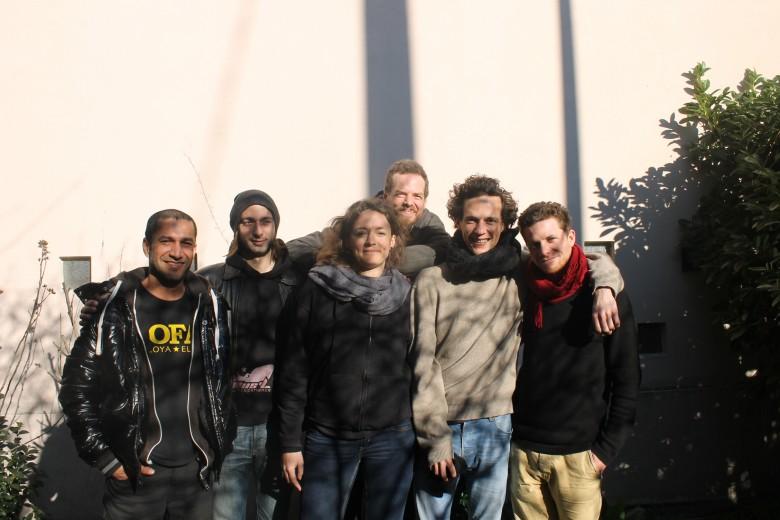 De gauche à droite :  Thierry de Sofaz, Jean de Slift, Sandrice de Yvette's not Dead, Johathn de Papa Jo, Corentin de Camu et Joris de Watusi.